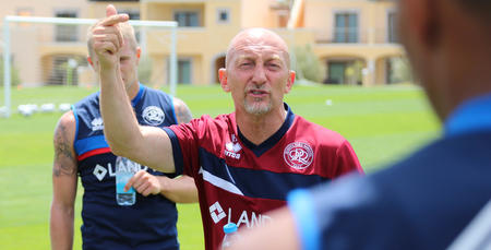 Ian_Holloway_Portugal_01.jpg