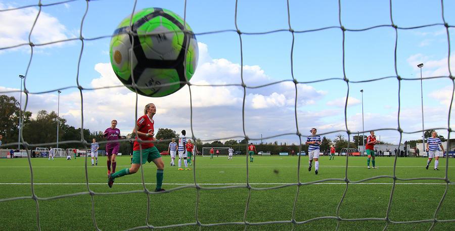 Coventry_QPR_Ladies_01.jpg