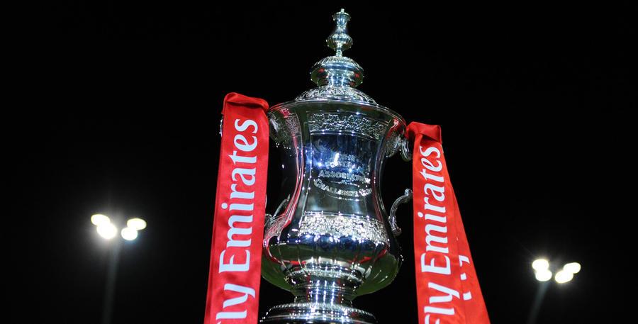 FA_Cup_Trophy_01.jpg