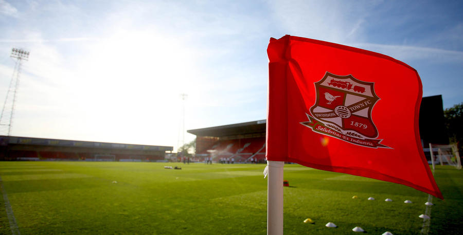 Swindon_Town_County_Ground_01.jpg