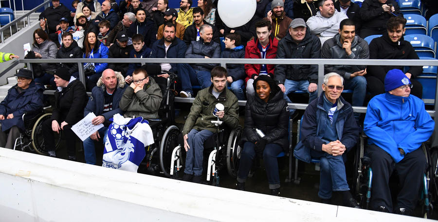 Disabled_QPR_Fans_01.jpg