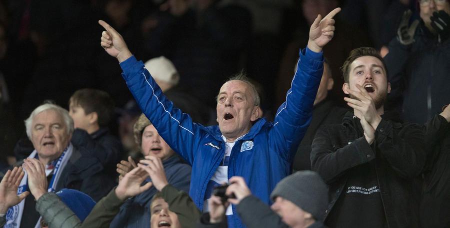 QPR_Fans_Leeds_01.jpg