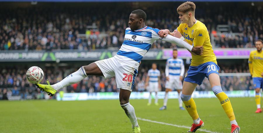 Bright Osayi-Samuel battles with Tom Pearce