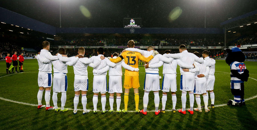 Minutes_Silence_Portsmouth_01.jpg